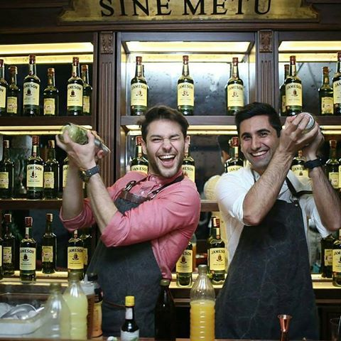 Sine Metu Up Karakoy Jameson Night